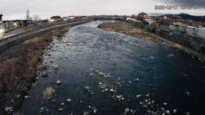 Камери за видеонаблюдение в Кричим следят река Въча в реално време