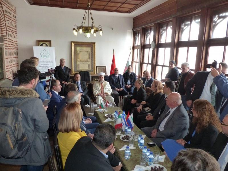 Кафе на толерантността отново събра етносите и религиите в Пловдив