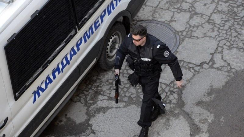 Пловдив ще гъмжи от полиция и жандармерия за дербито Ботев - Локо