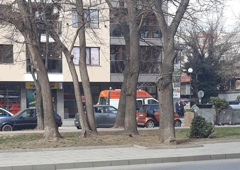 Възрастна жена пострада в Кючука, удари я кола