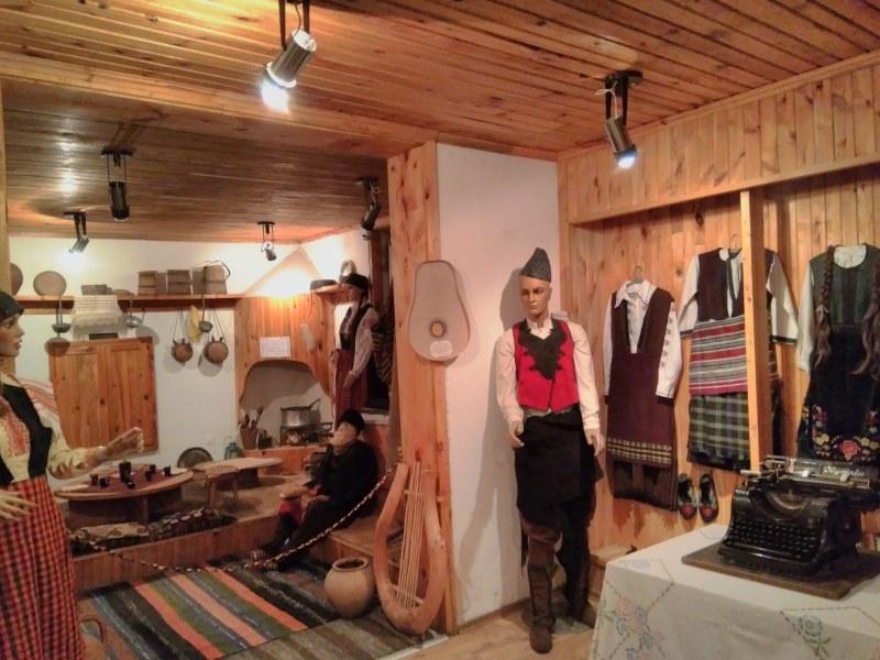 Спасяват музейната сбирка в Бойково, в Дедово посрещнаха кмет за първи път от десетилетие