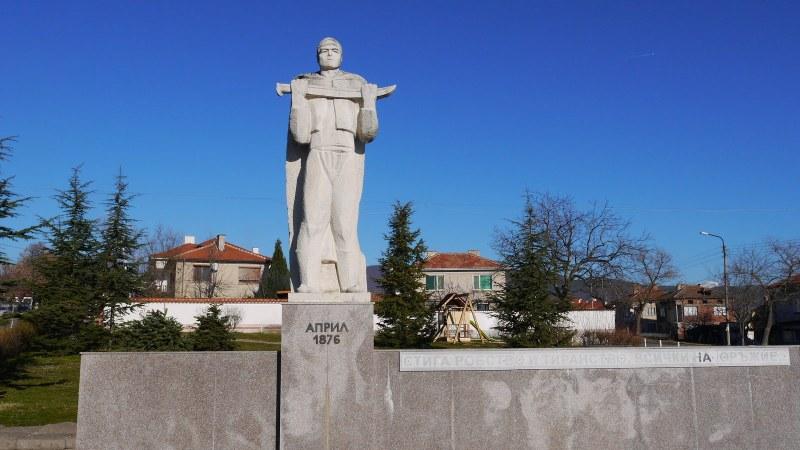 Шествие и венци в Хисаря на 3 март! Пресъздават посрещането на руските войски