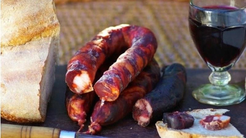 Вкусно и пивко събитие се задава в Цалапица! Предстои празник на бабека и виното