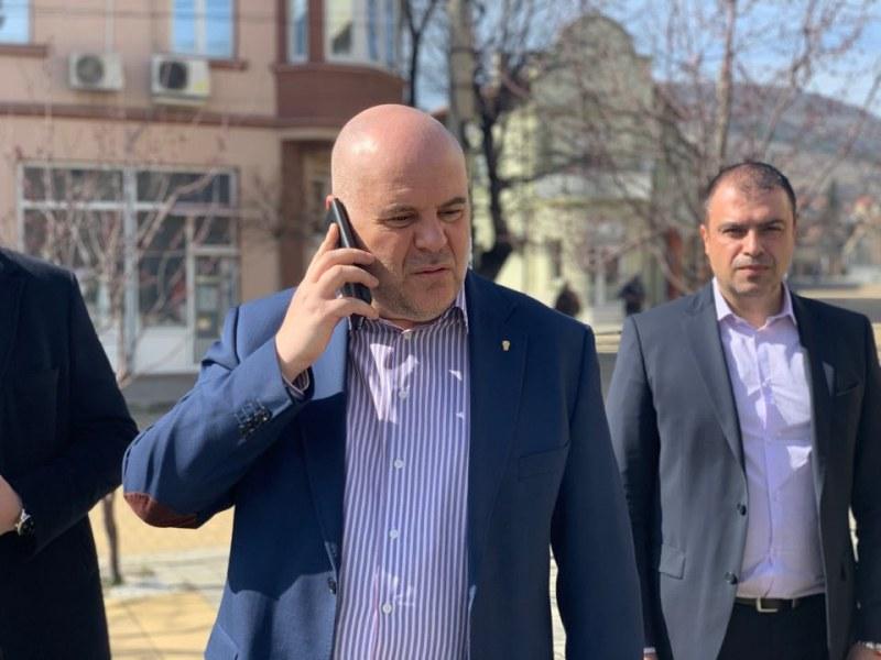 Иван Гешев ще проверява сигнал и за приватизацията на Пловдивския панаир