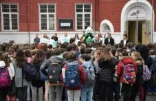 Училища в Пловдив и Раковски са в грипна ваканция! Студентка е под карантина
