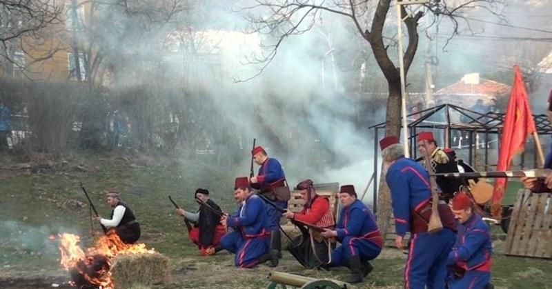 Първата заря за националния празник на България гръмна в Сопот