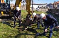 Успех! Първа копка даде старт на строежа на ловен дом в Кричим
