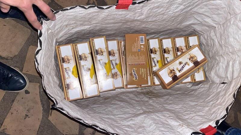 Акция в Шекера! Хванаха криминално проявен с незаконни цигари и тютюн