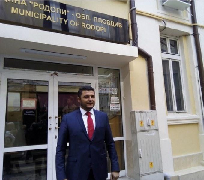 """Ваканция за служители в община """"Родопи"""", доставят безплатен обяд на останалите да работят"""