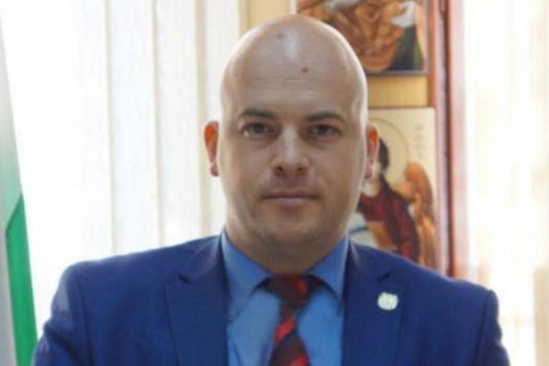 Кметът на Сопот официално отговори на Дани Каназирева за отменената заповед