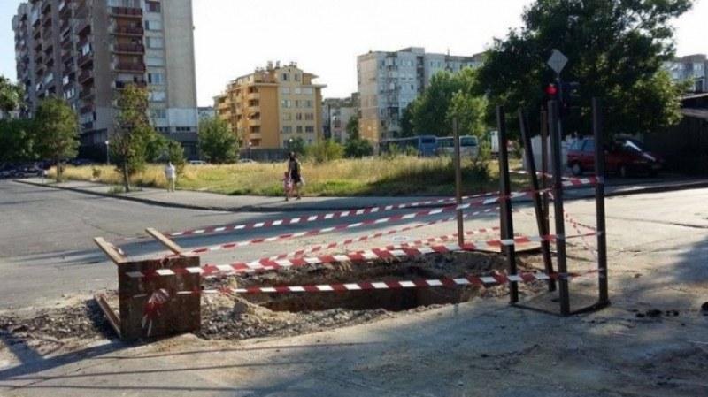 Ремонт ограничава движението на булевард в Кючука