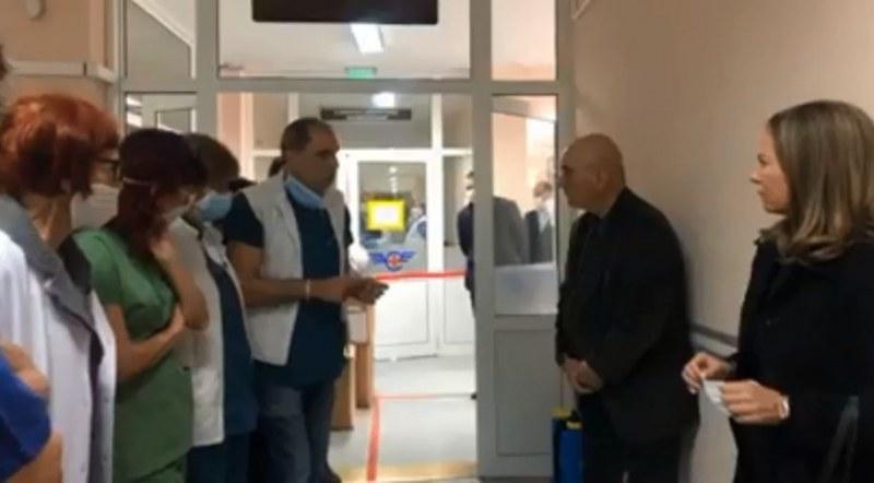 От Транспортна болница за коронавируса: Имаме 92 легла в болницата, но нямаме достатъчно екипи