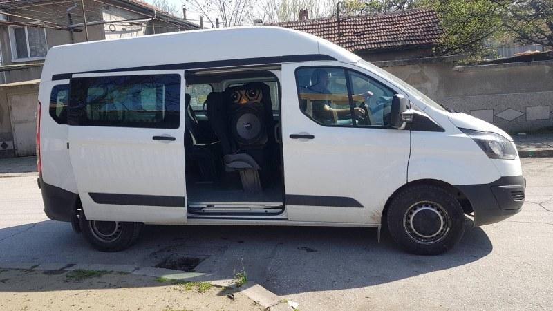 Общинският бус в Стамболийски призовава хората да си останат вкъщи, глобите са жестоки