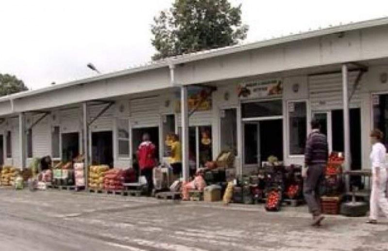 Полицаи и финансови контрольори на лов за спекуланти, стигнаха и до борсата в Първенец