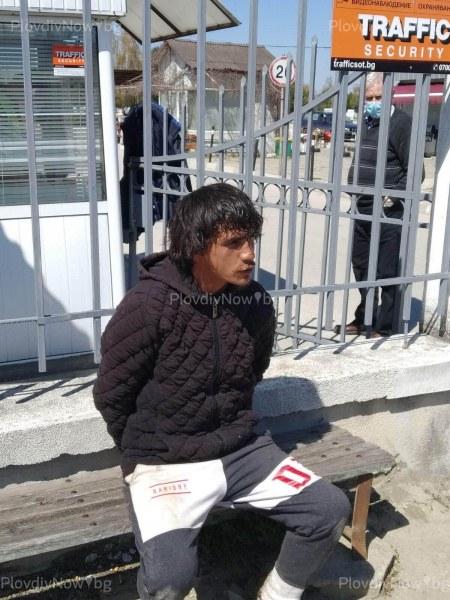 Буйстващ мъж нападна охранители на пловдивски гробища