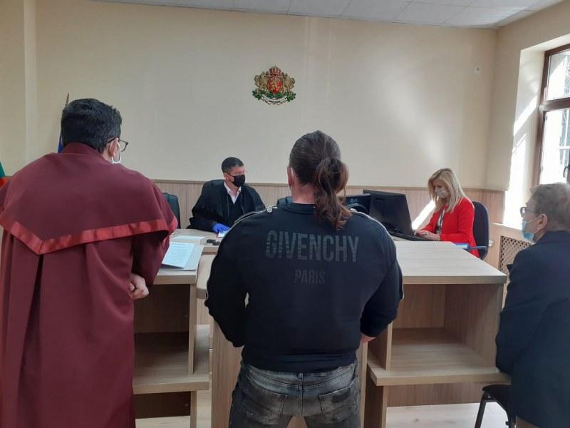 Още един осъден за неспазване на мерките в Пловдив, отворил фитнес