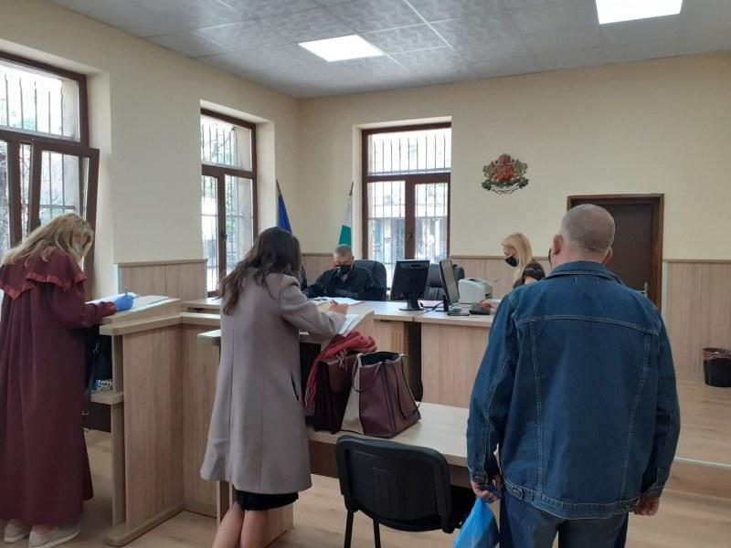 Осъдиха жената, нарушила карантината в село Труд, глобата е сериозна