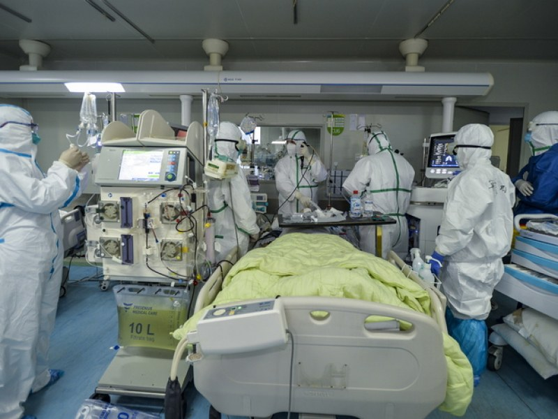 Две пловдивчанки починаха от коронавирус в чужбина