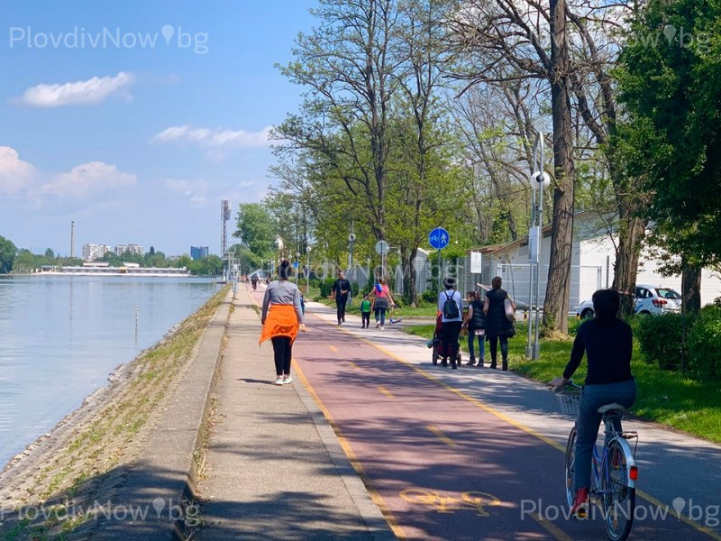 Пловдивчани се възползваха от разрешението, Гребната база се напълни