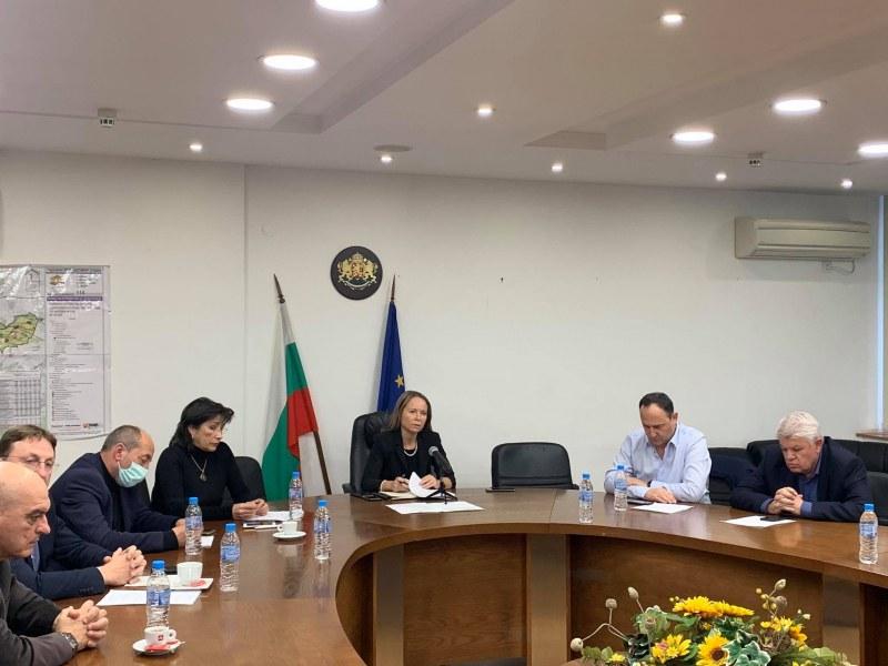 9 от новите 11 случая на COVID-19 са в Брестовица, има и заразено дете