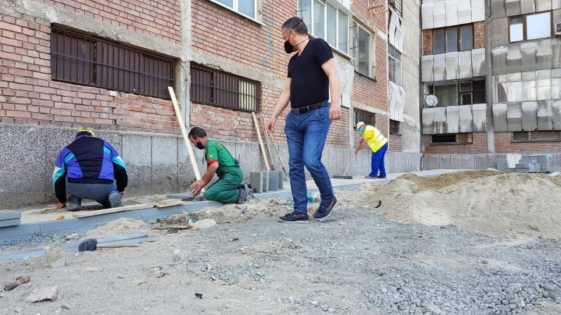 """Тече ремонът около """"преспите"""" в Пловдив, ще има нови тротоари, алеи и зелени пространства"""