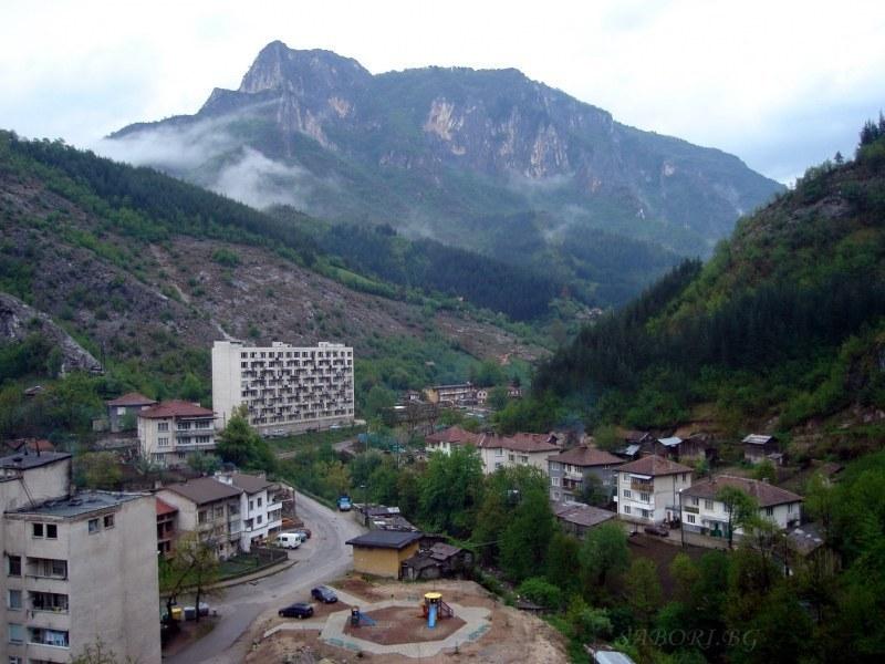 Възстановявят транспорта от Лъки до Пловдив и обратно, пътуващите - задължително с маски