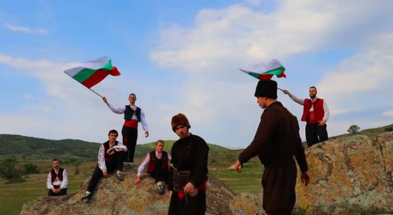 Приятно гледане! Филм на младежи от Хисаря се превърна в послание за всички българи
