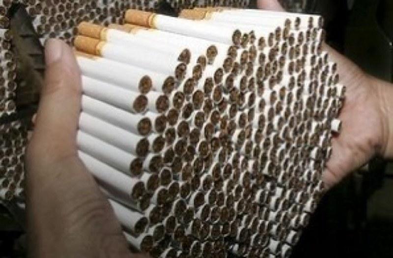 Незаконни цигари намериха в Хисаря и край Калояново, много тютюн - в Първомай