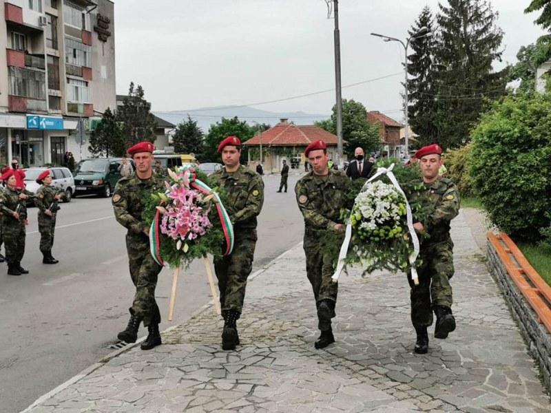 Сопот отбеляза паметна дата - рождението на генерал Владимир Вазов