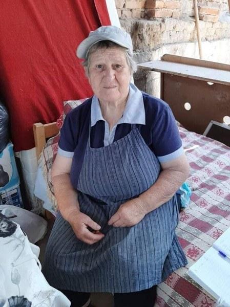 Хора от Раковски се обединиха, за да помогнат на самотна възрастна жена