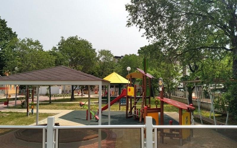 Площадки за игра и места за отдих строят в Асеновградско