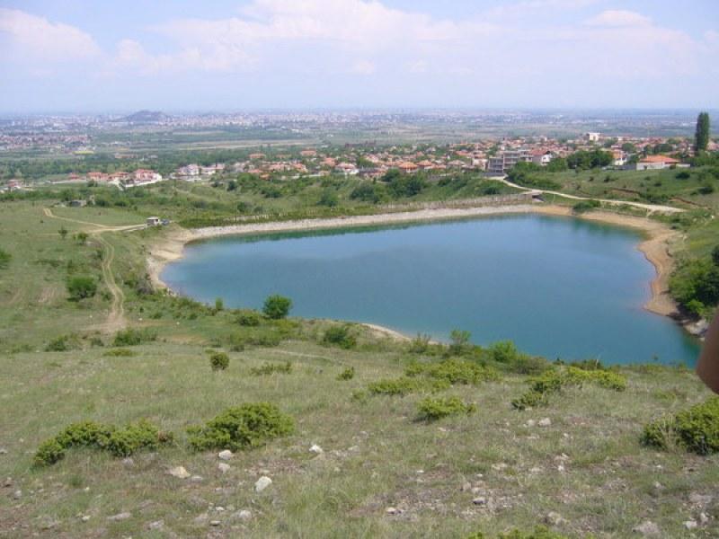 Забраниха къпането и плуването в необезопасени водоеми край Куклен