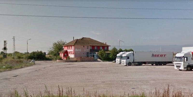 Полицията нахлу и в хотел във Войводиново, собственост на лихваря Миндуто