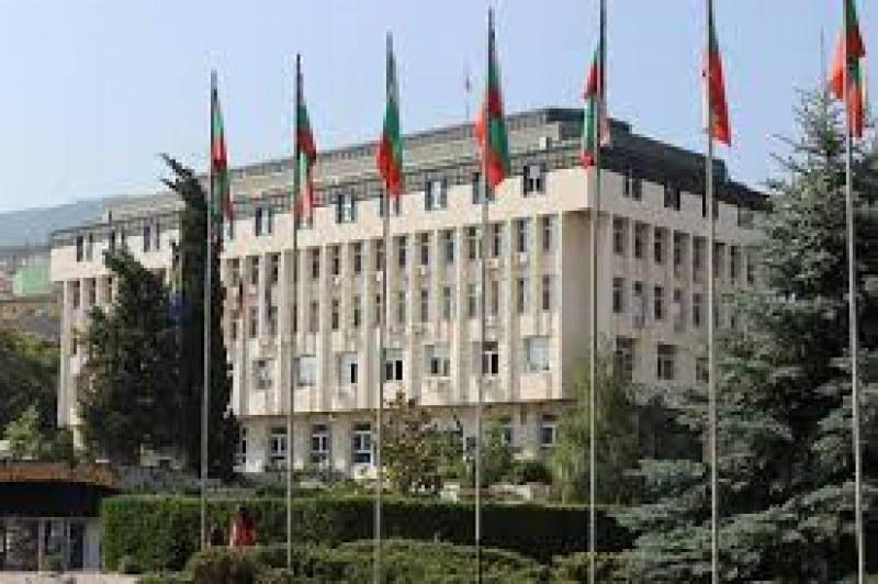 Връчват официално финансовата помощ на абитуриенти без родители в Асеновград