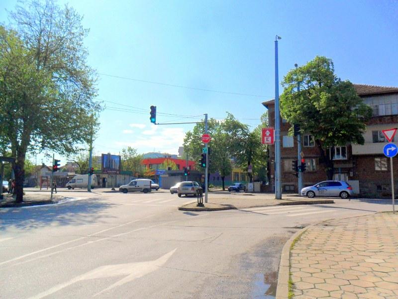 Част от улица в Смирненски се затваря за авариен ВиК ремонт