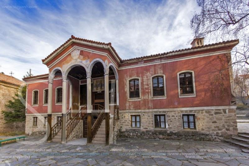 170 години Даново училище в Перущица - люлка на революционери, просветители и духовници