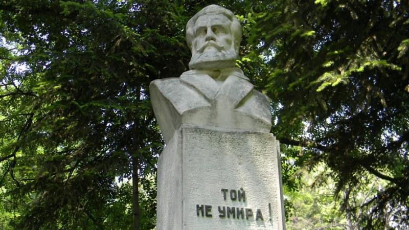 С вой на сирени ще почетем днес паметта на загиналите за свободата на България