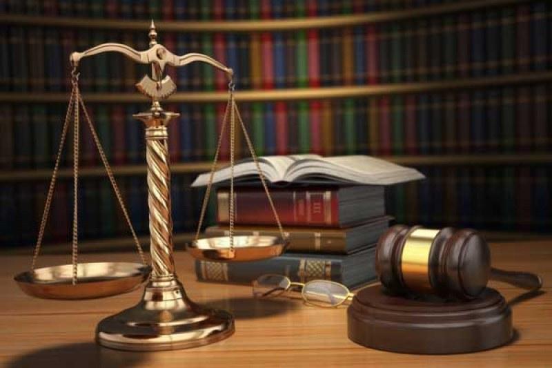 """Обрат! Задочната форма на """"Право"""" не се отменя, отпадат и конкурсните изпити"""