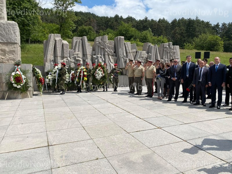 Президентът Радев в Калофер: Ботев и неговите юнаци показаха, че нищо не е обречено