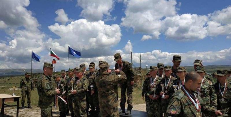 Карловските военни обраха медалите на поредния шампионат