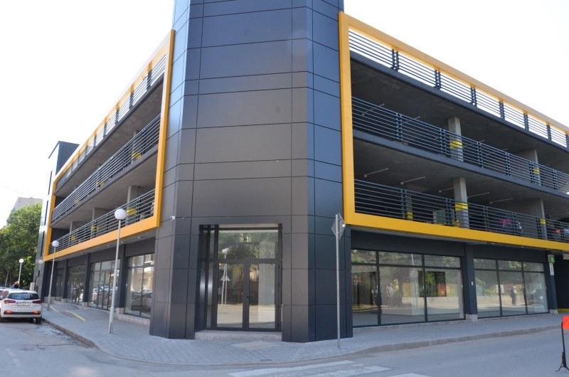 Заработи първият общински многоетажен паркинг в Пловдив, част от местата вече са заети