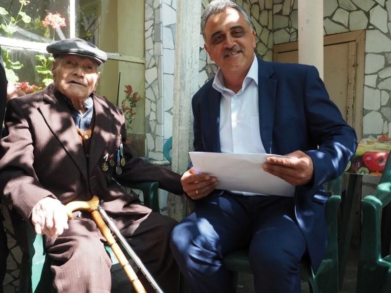 98-годишният дядо Трайчо от Войсилово, ветеран от войната, получи юбилеен медал
