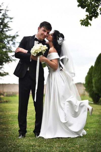 Росица Пейчева след сватбата: Щастлива съм, че се видях в бяло и намерих мъжа, който вярва в мен