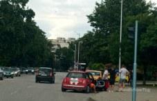 Катастрофа в Тракия! Такси и друга кола се удариха