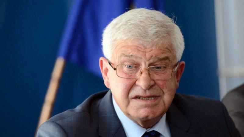 Четири нови заповеди издаде министър Ананиев