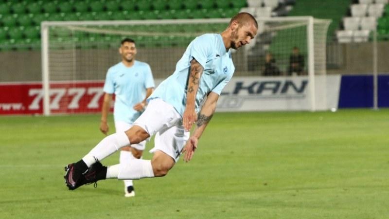 Футболист на Дунав: Мачът с Ботев ли? Шефовете да ходят да играят!