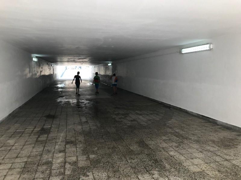 Подлез в центъра на Пловдив стана неузнаваем след основен ремонт