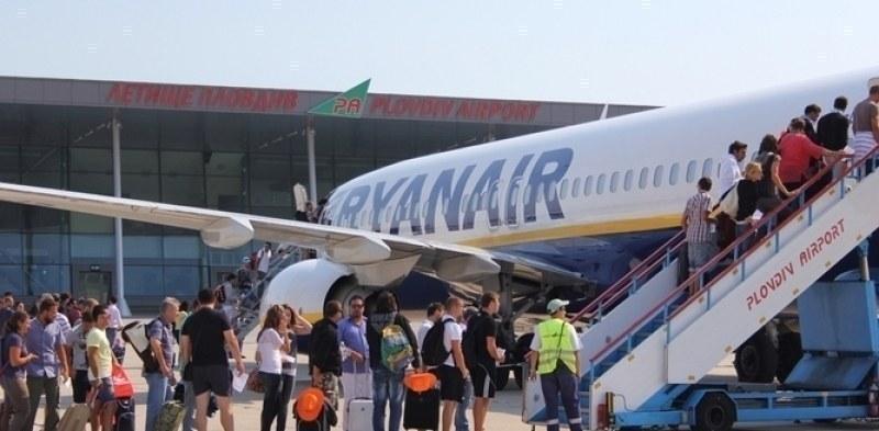 Летище Пловдив възстановява полетите си, но съдбата му все по-неясна