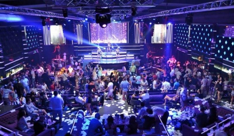 Пловдивски клуб затваря врати заради коронавирус, има заразен служител