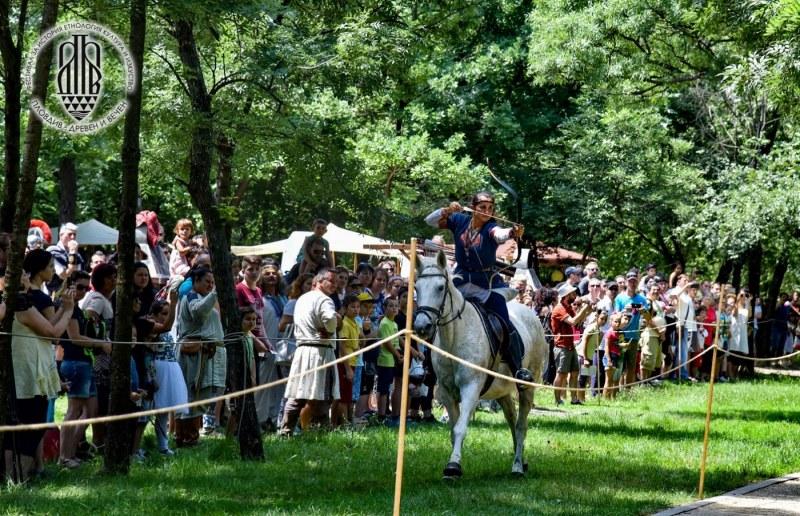 """Исторически фестивал включва """"Машина на времето"""" в парк Лаута с много приключения и забавления"""
